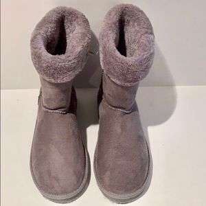 Isaac Mizrahi Gray Faux Fur Lined Boots
